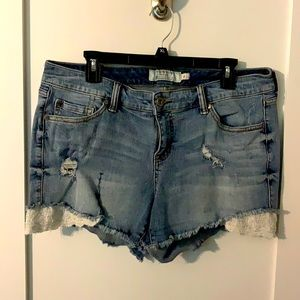 Cute Torrid LightWash Distressed Denim Shorts, 16